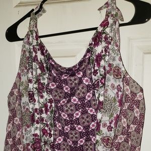 Flowered Top - size 26-28